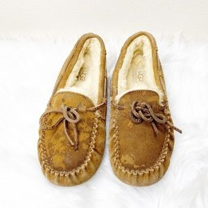 UGG Tan Moccasin Slippers Size 4